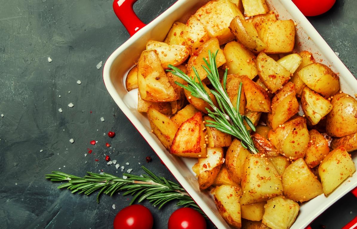 Ароматный картофель, запеченный в горчичном соусе