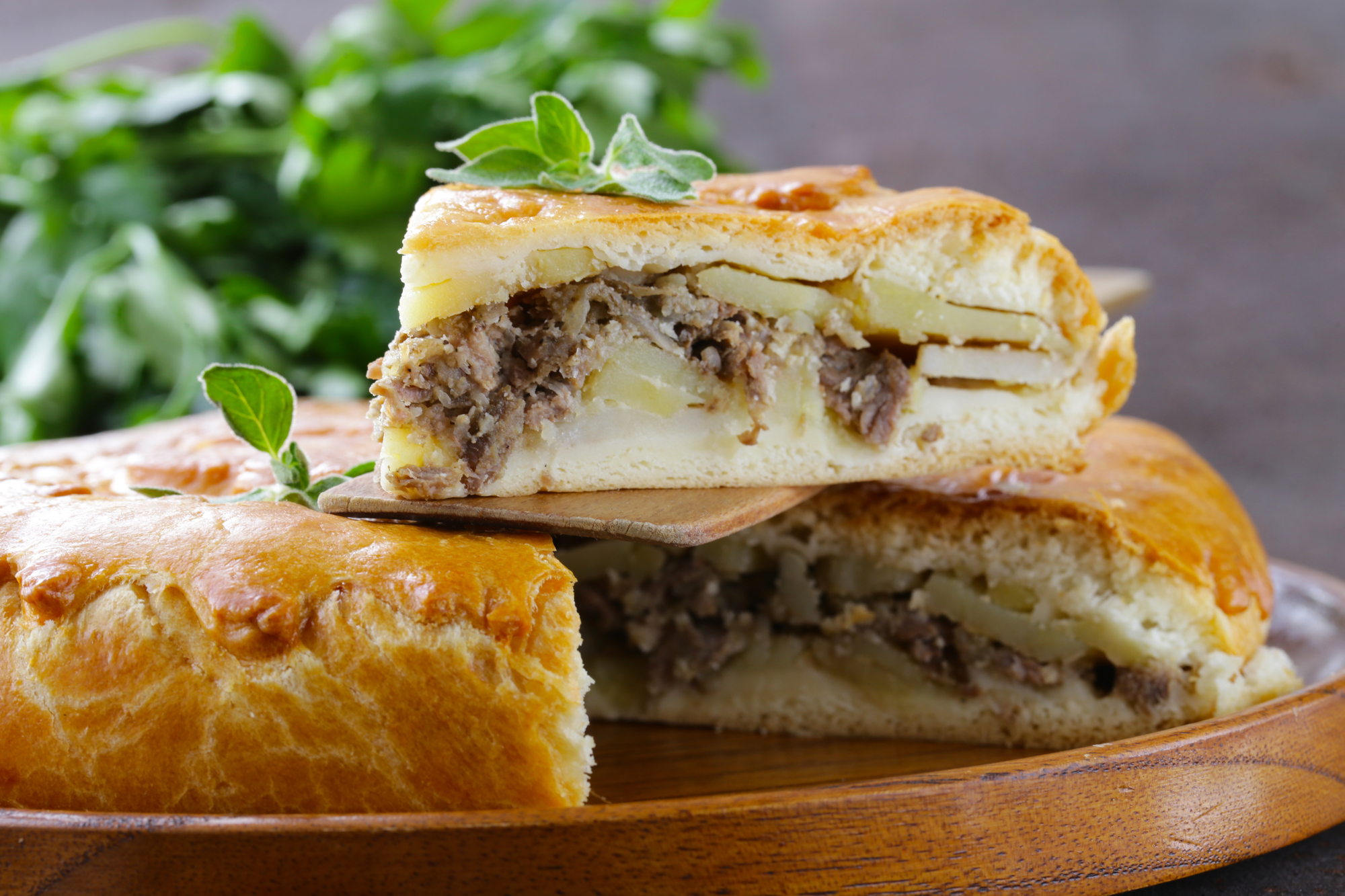 Домашний пирог с картофелем и мясом