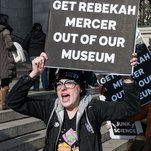 Photo of A Science Denier at the Natural History Museum? Scientists Rebel