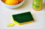 Лайфхак: Почему нужно обязательно срезать уголок у губки для мытья посуды и делать это почаще