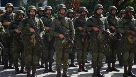 Photo of Intervenção (militar) no RJ: dobrando a aposta no choque de austeridade, por Bruno Sobral