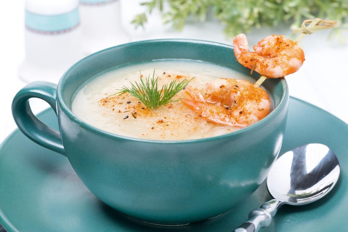Насыщенный сырный крем-суп с креветками