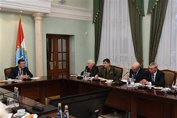 Фото Дмитрий Азаров встретился сруководителями ветеранских организаций региона