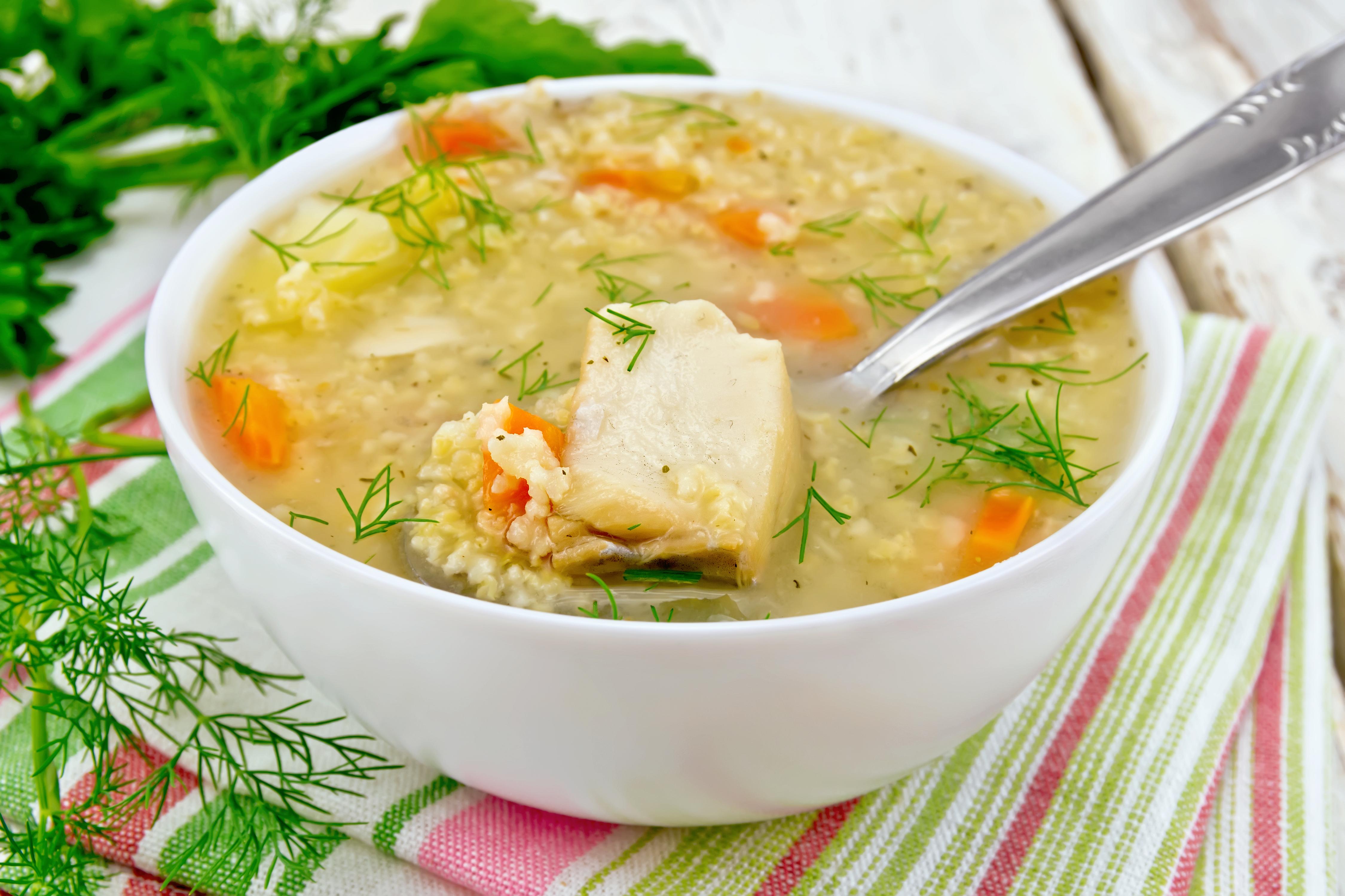 Суп с рыбными консервами и пшеном за 30 минут