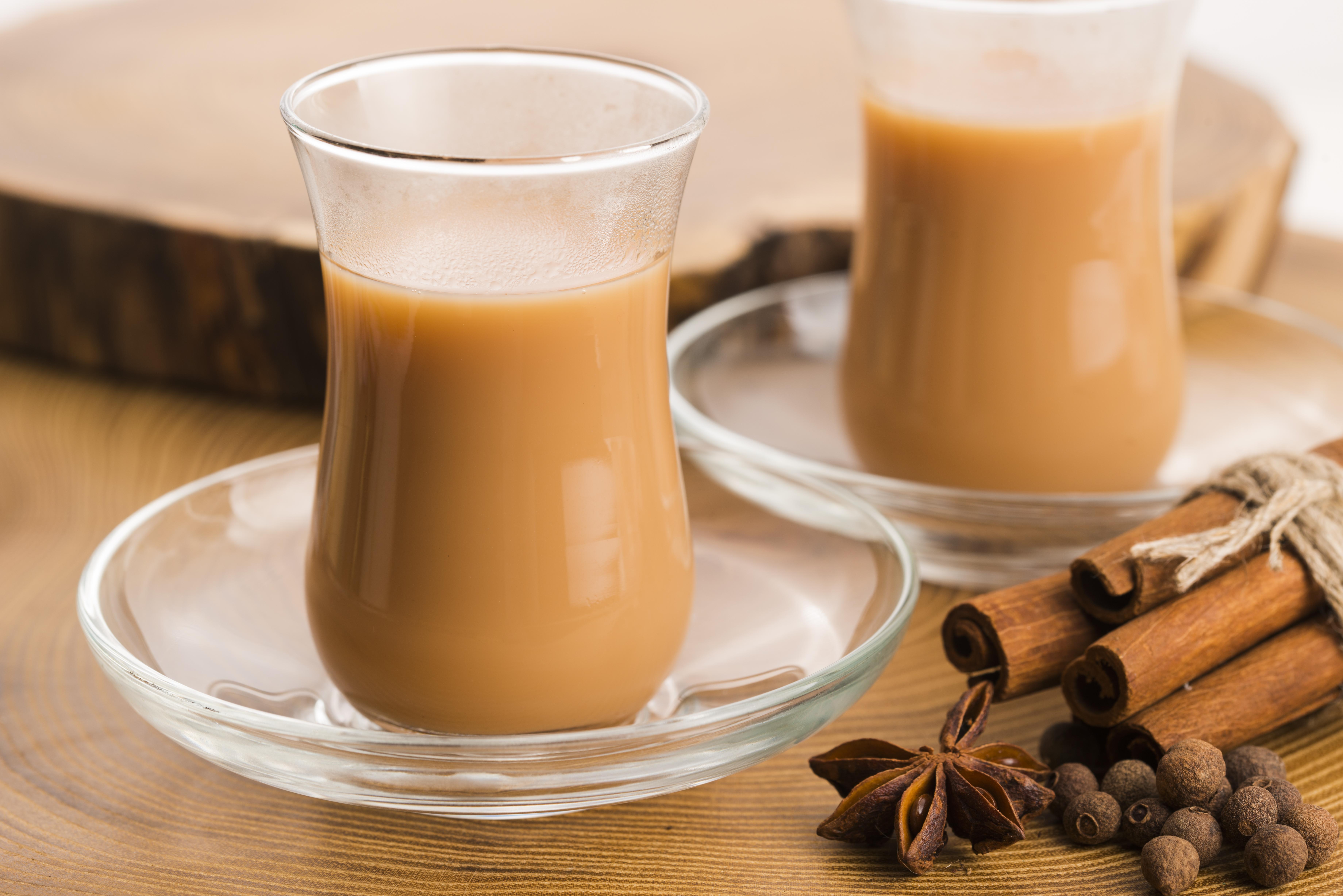 Масала чай с молоком и специями