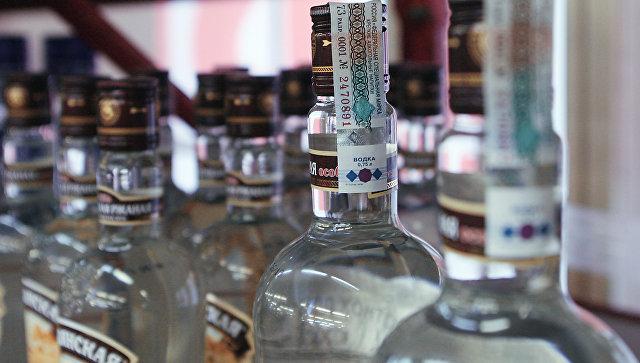 В России поднимут налог на табак и алкоголь, не трогая акцизы. Как это вышло?