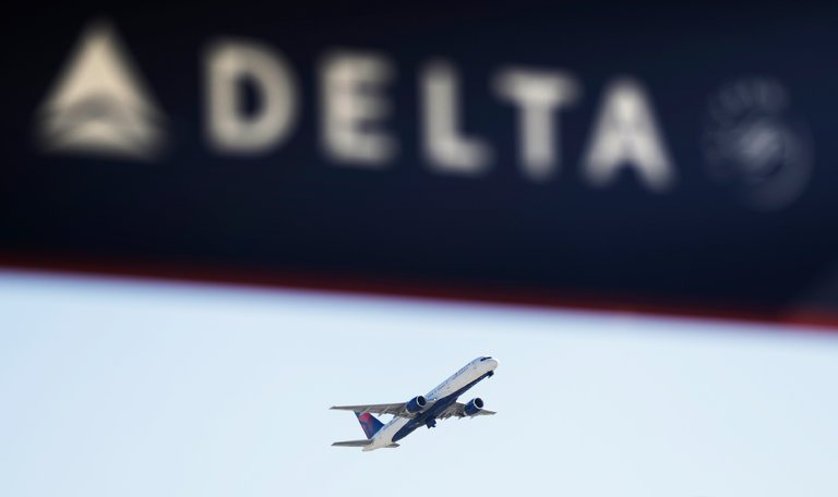 Photo of 'Our Values Are Not for Sale,' Says Delta C.E.O. as Airline Considers Ending Divisive Discounts