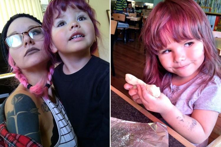 Мать позволяет 2-летней дочери красить волосы и наносить макияж