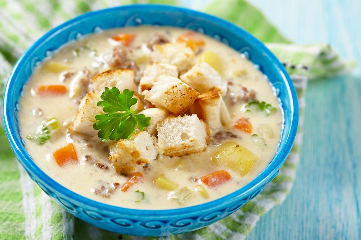 Аппетитный суп с плавлеными сырками