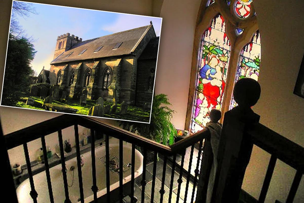 Семья построила дом своей мечты из старой церкви