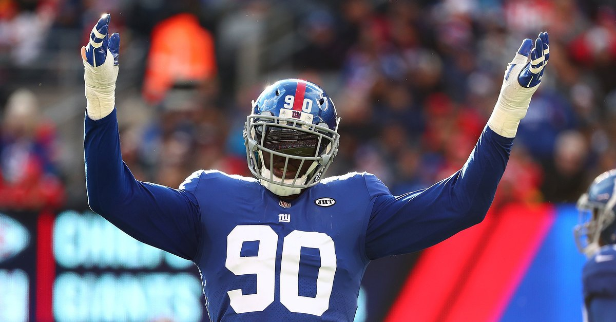 Photo of Report: Giants Trading Jason Pierre-Paul to Buccaneers