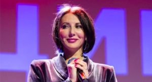 50-летняя Алика Смехова выглядит на 35