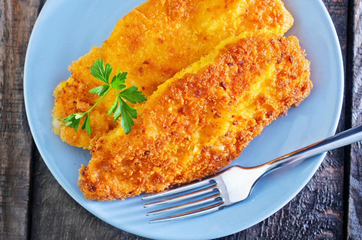 Аппетитные куриные отбивные с сыром