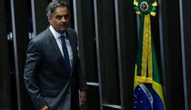 Aécio Neves afirma que ocorreram ilegalidades em processo da PGR contra ele