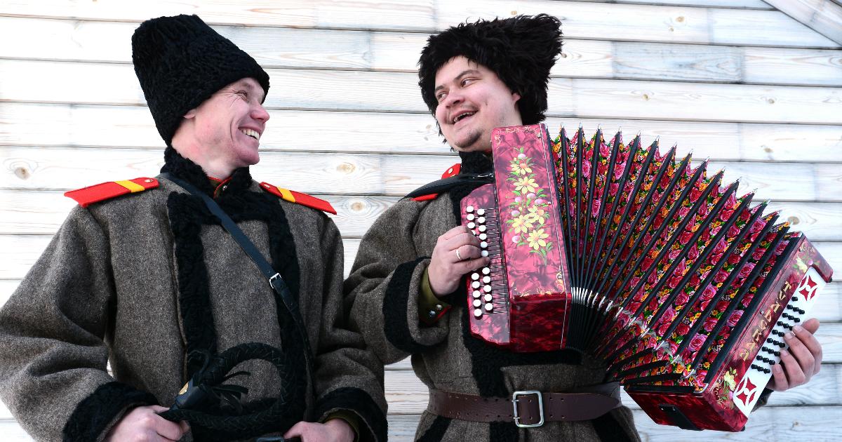 «Русские похожи на апельсины». Что удивляет иностранцев, живущих в России