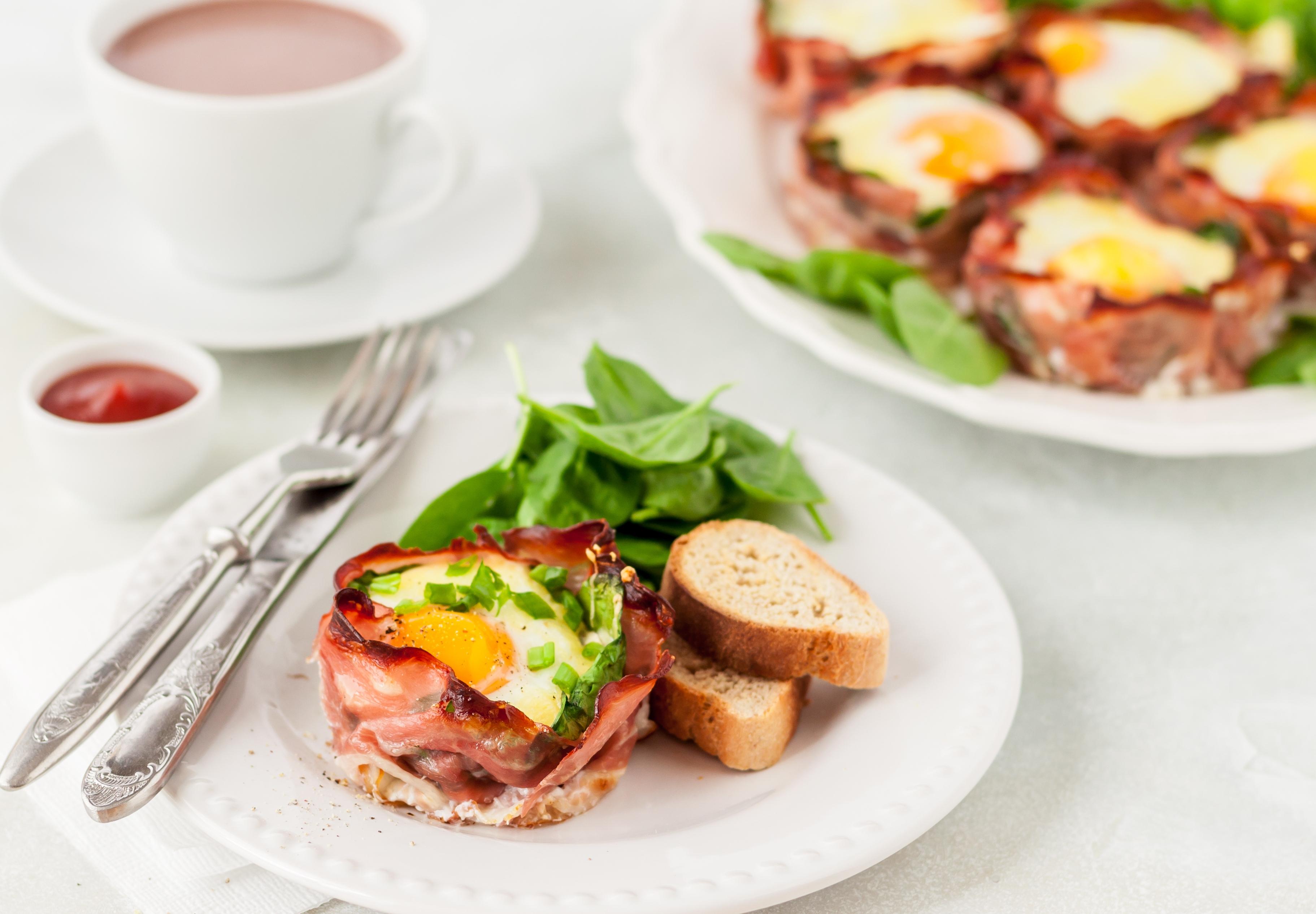 Маффины из бекона и яиц – интересная идея для завтрака!