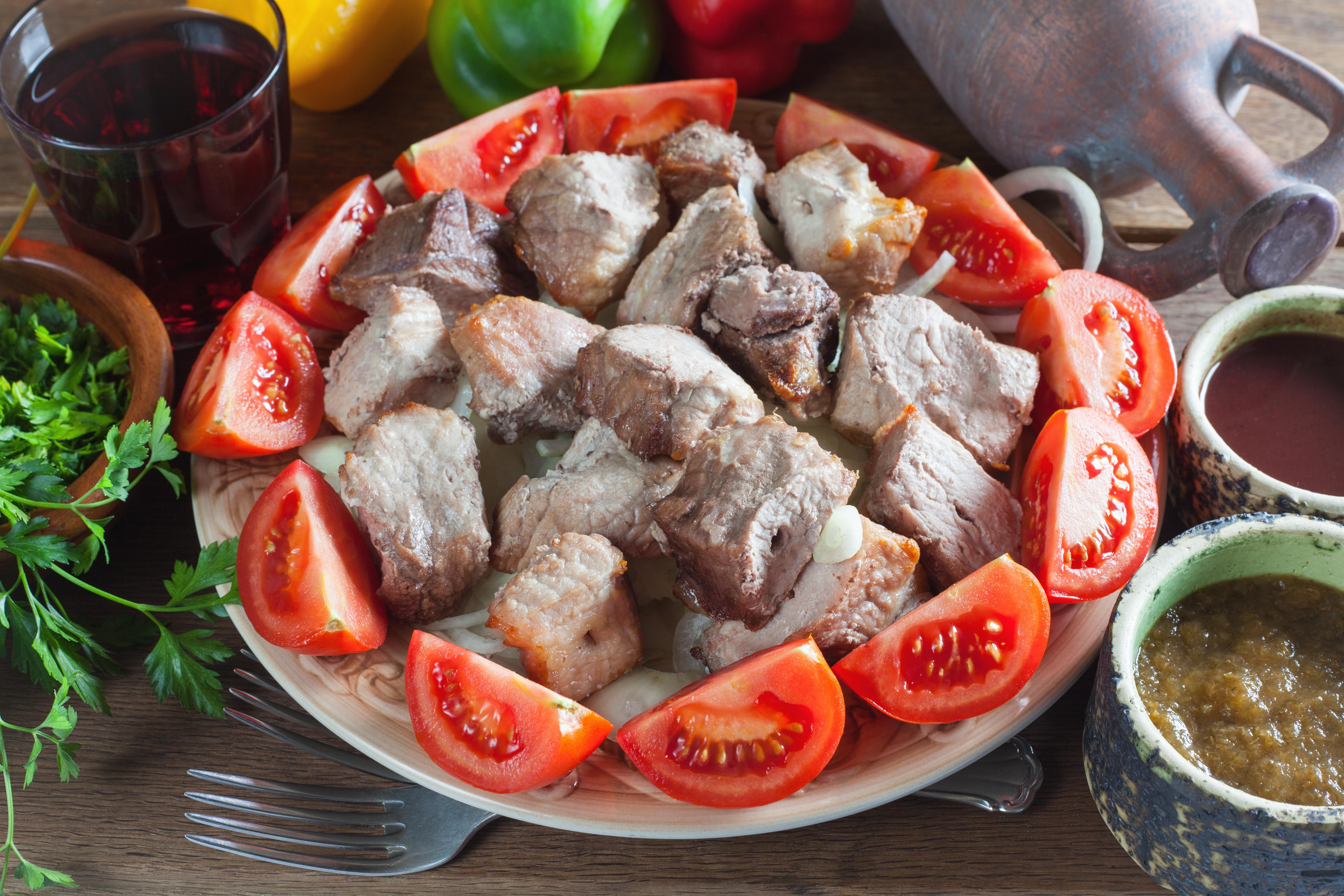 Настоящий шашлык Мцвади – мясо по-кахетински