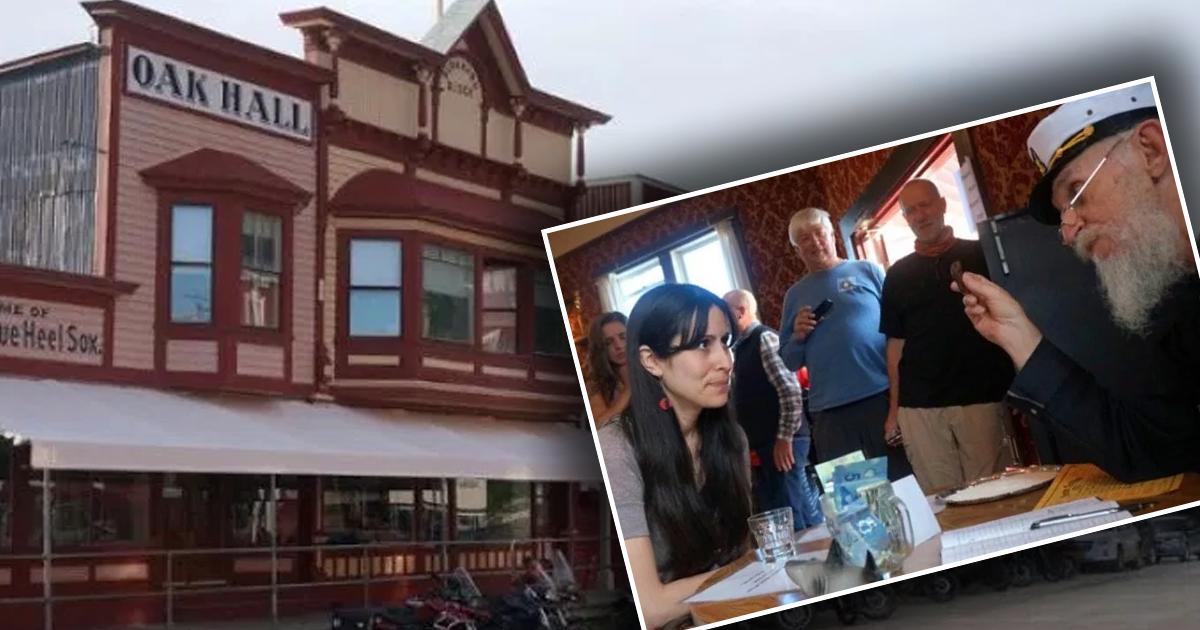 Фото Почему маленький канадский городок собирает тысячи туристов в год?