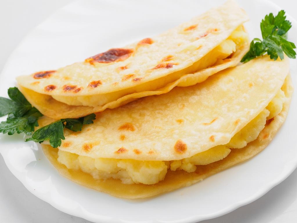Домашние кыстыбыи с картофелем