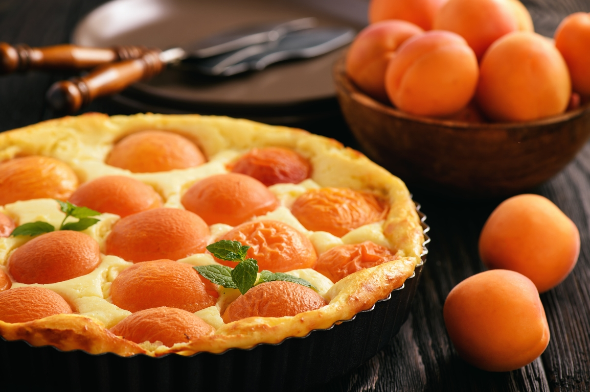 Нежнейший творожный пирог с абрикосами