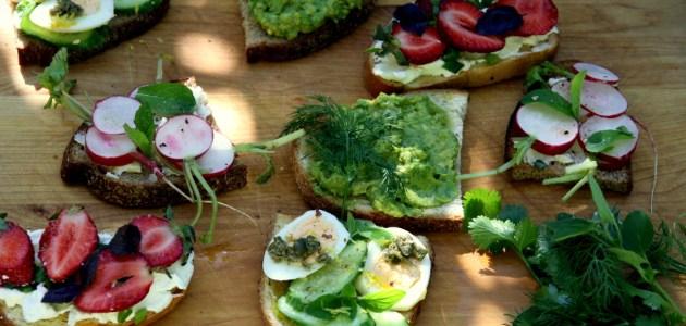 Фото Четыре простых идеи летних бутербродов
