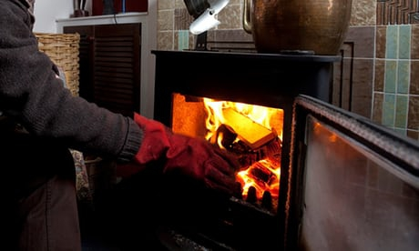 Photo of Devon 'log bank' set up to help those struggling with fuel poverty