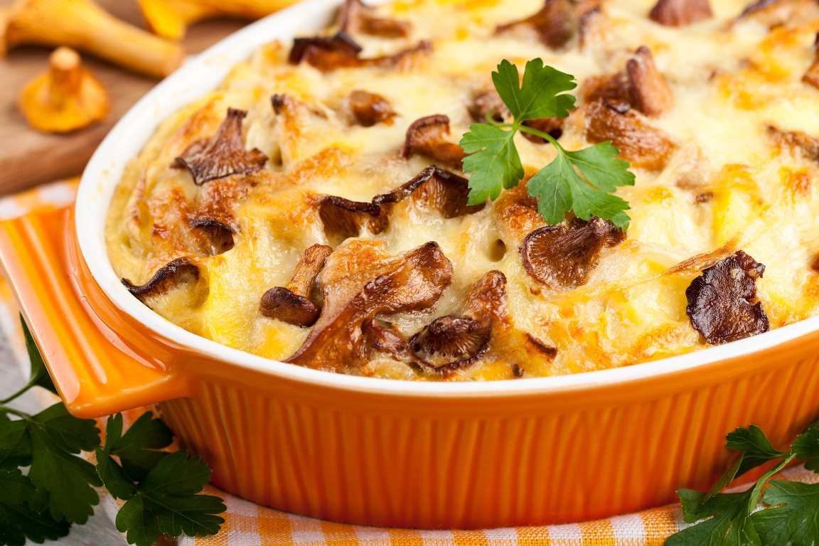 Аппетитная картофельная запеканка с грибами