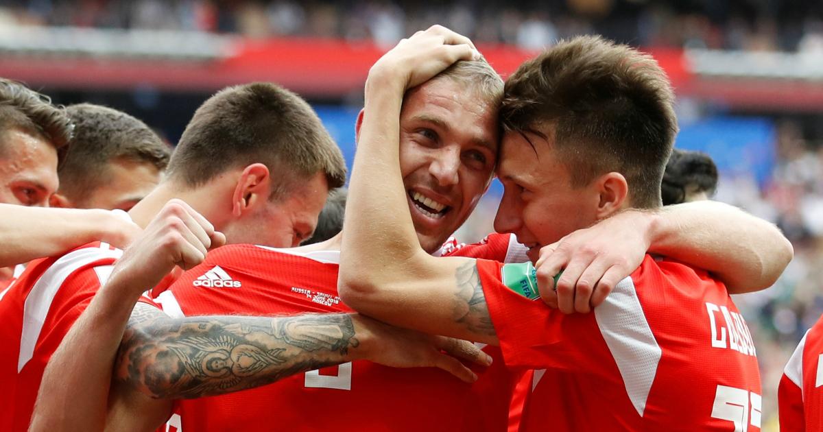 Россияне выиграли первый матч ЧМ и могут достичь исторического успеха