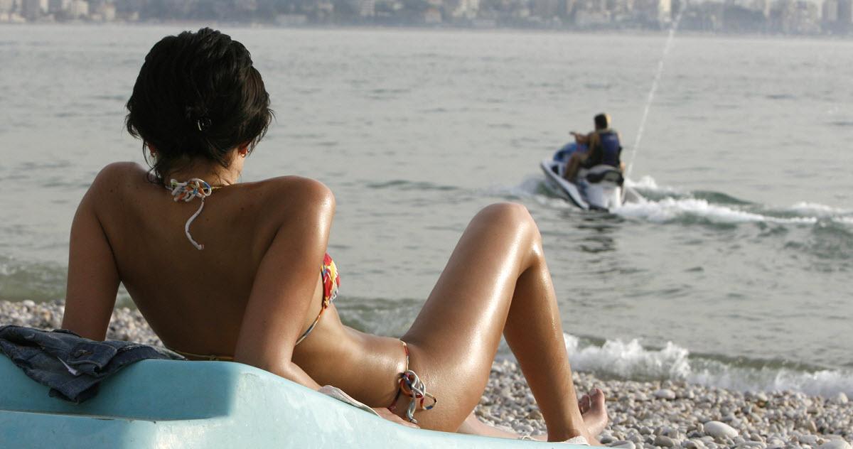 Посмотрите на купальник! 8 отпускных привычек, которые вас губят