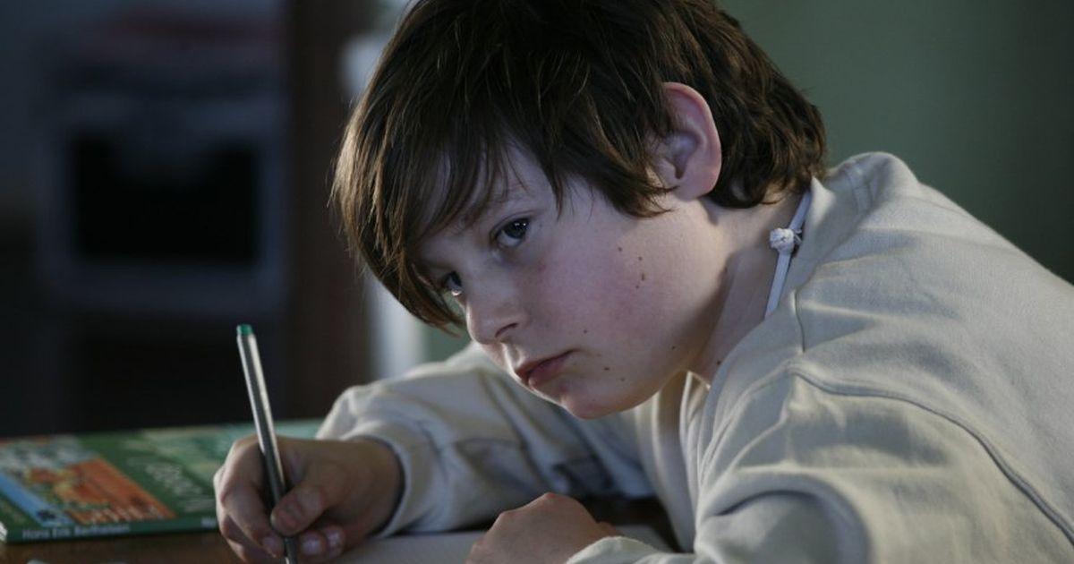 «Кашляет и ест». 9 признаков, что ваш ребенок стал жертвой травли