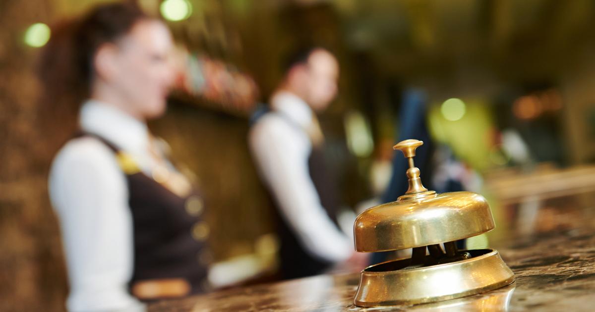 Фото Сразу смотрите на кромку матраса! Откровения людей, работающих в отелях
