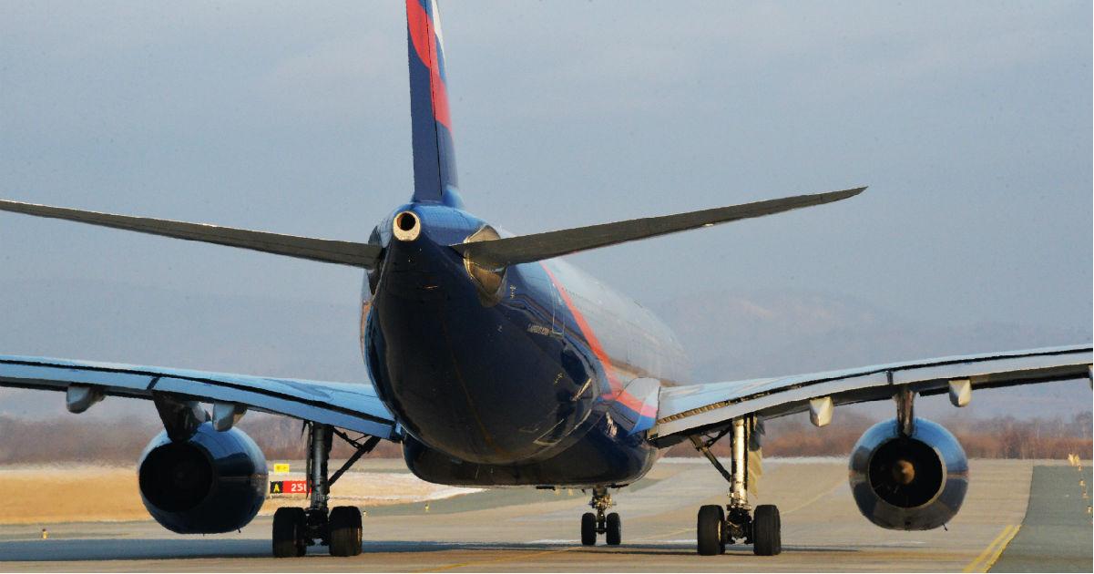 Авиакомпании в России поднимают цены на билеты. Что происходит?