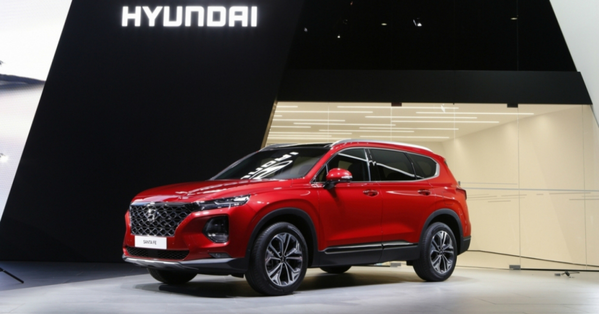 Стало известно, когда будут объявлены цены на новый Hyundai Santa Fe