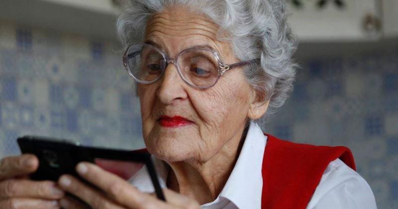Картинки по запросу бабушка блогер