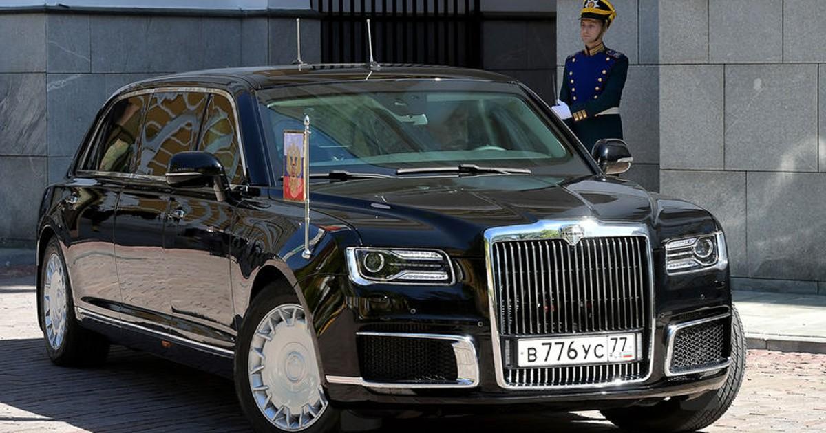 Фото Президентский автомобиль Aurus