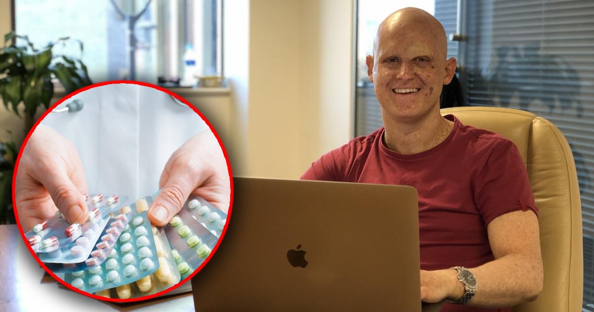 Мужчина вынужден 30 лет избегать света из-за редчайшего недуга