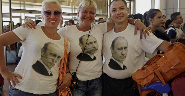 """Фото Ужин за 3 миллиона. """"Сбербанк"""" рассказал, как россияне тратятся за границей"""