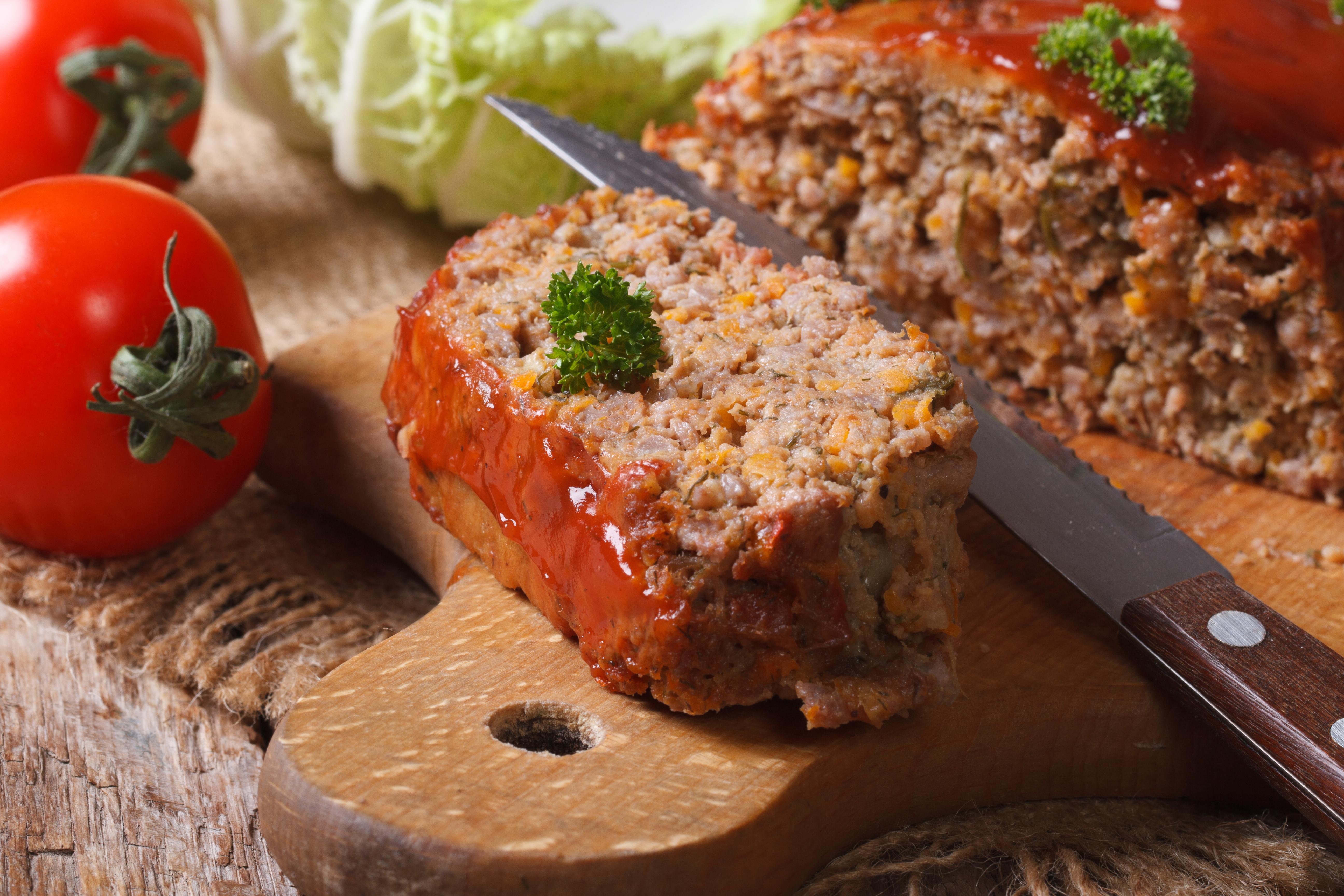 Митлоф – мясной хлеб с овощами