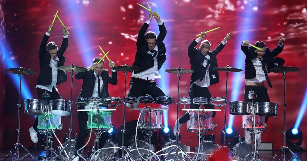 Барабанщики Vasiliev Groovе представят в Москве новое шоу MiRRORS