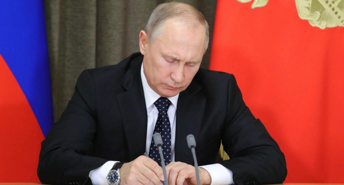 Как Путин смягчил статью за репосты?