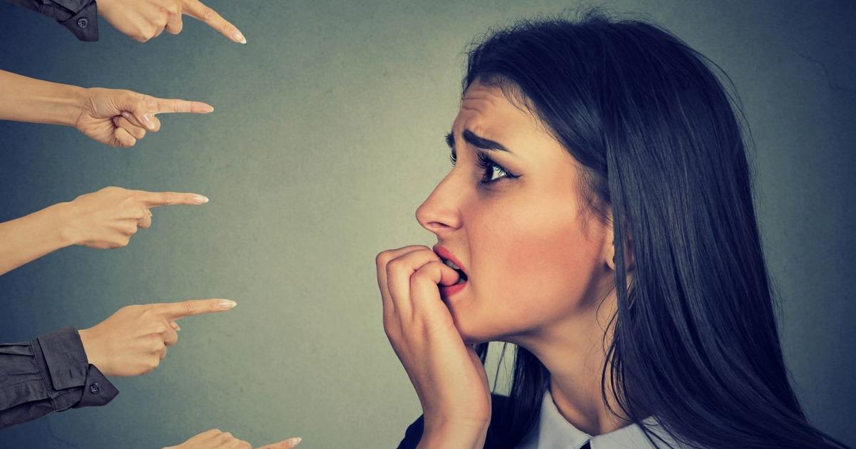 """Фото """"Я должен был знать"""". Как перестать ругать себя за неудачи"""
