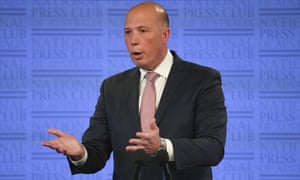 MSF says Peter Dutton wrong to claim it wasn't contracted to treat Nauru refugees
