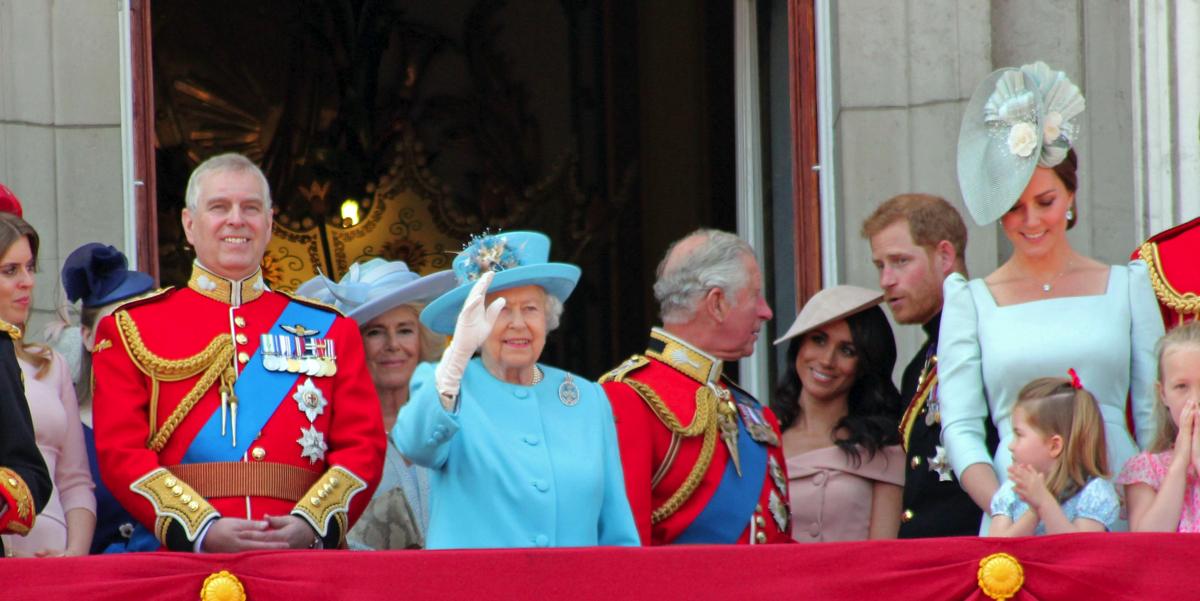 Фото Одно из любимых блюд Меган Маркл запрещено Королевой в королевских дворцах