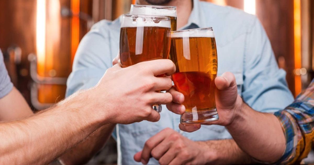 Пить или не пить? Учёные выяснили, как поправить здоровье с помощью пива