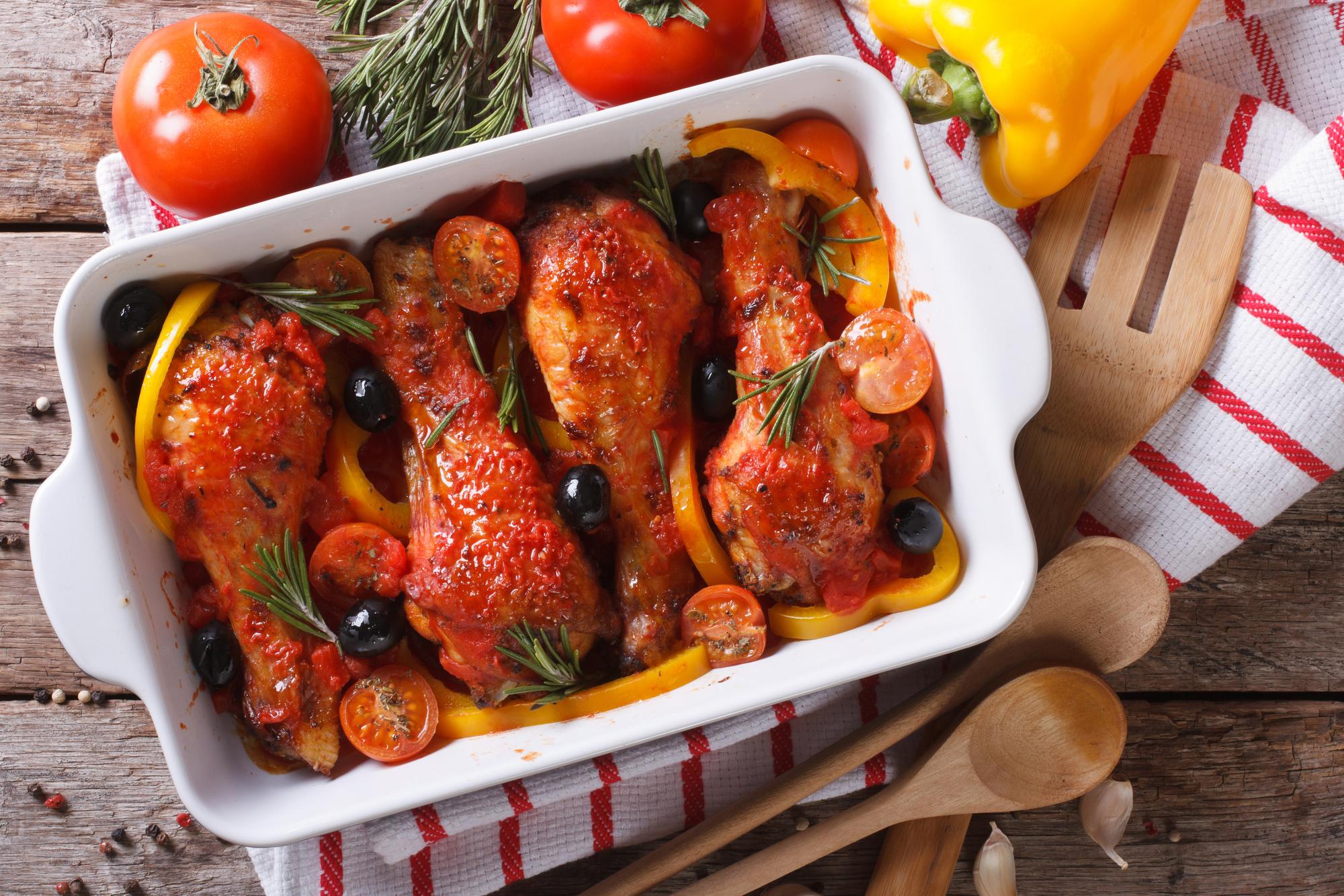 Куриные ножки в томатном соусе