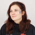 """Фото Сотрудница фонда """"Нужна помощь"""" Катя Гришунина о риске и любимой косметике"""