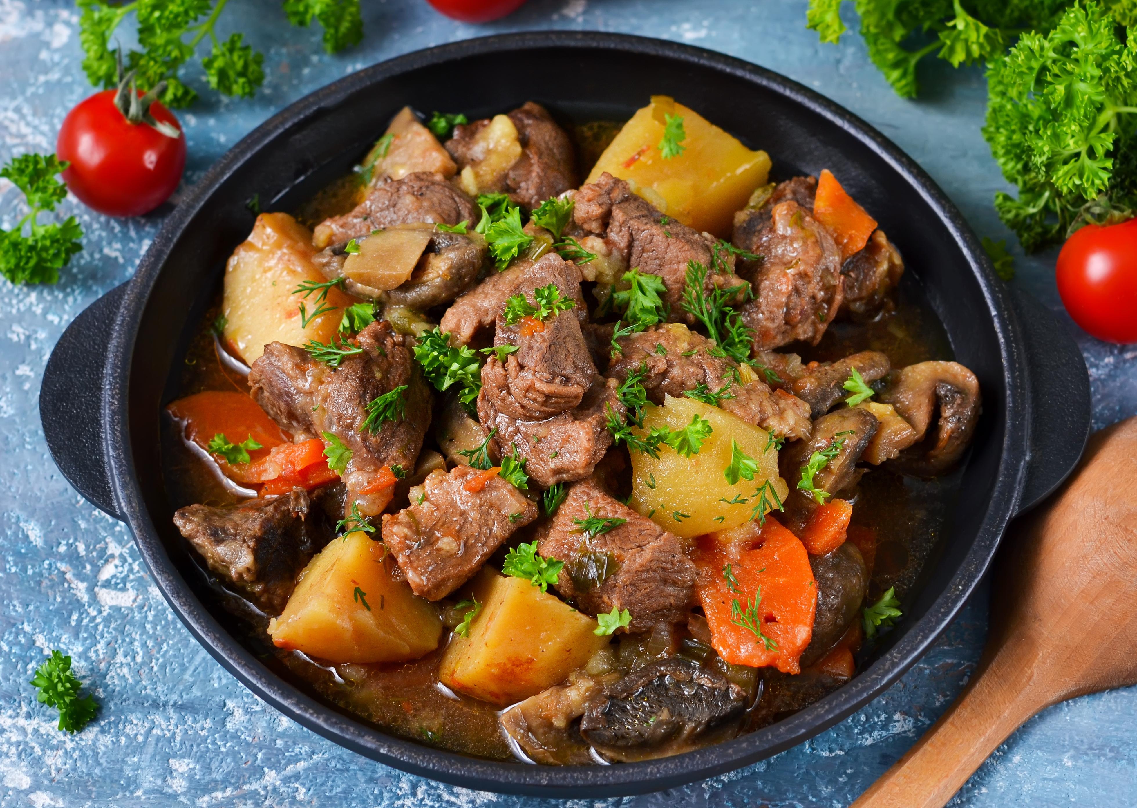 Жаркое из говядины с овощами