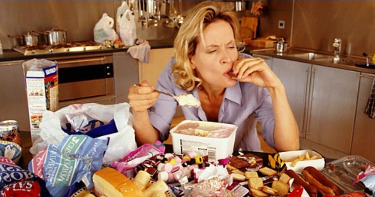 То, что ты ешь. Причины и последствия компульсивного переедания