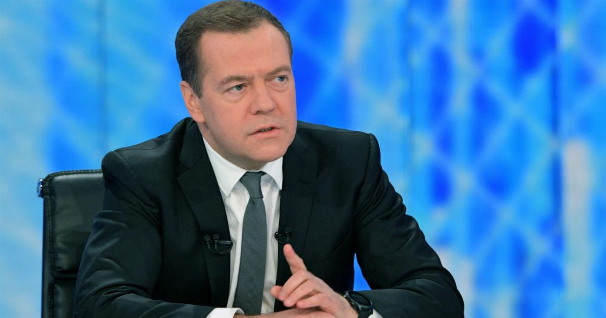 Фото Медведев как диагноз экономике. Что не так в позитивном интервью премьера