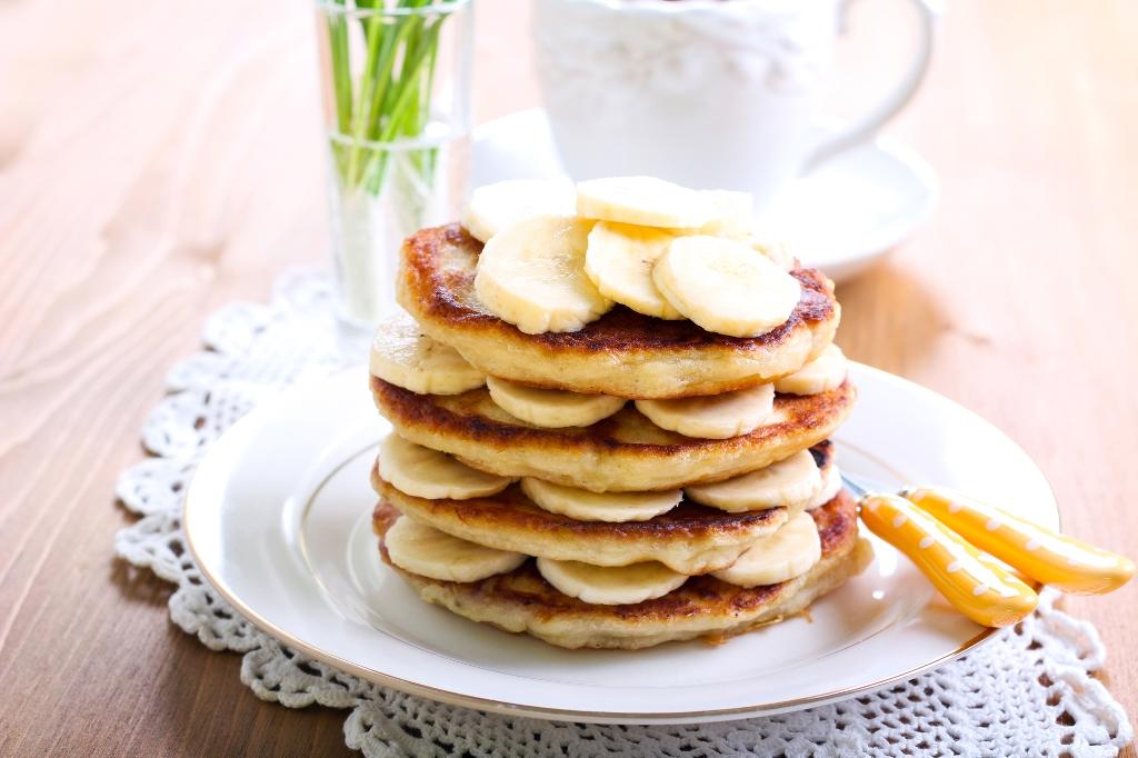 Банановые оладьи на меду